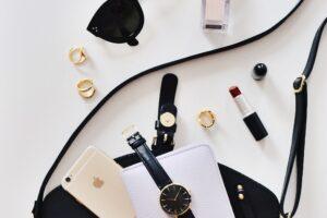 Cosmetica: comprare meno, ma meglio