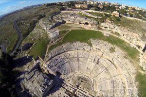 Siracusa: al Teatro Greco tornano le rappresentazioni classiche
