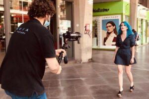Charlotte gira il suo nuovo singolo a Catania